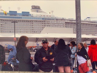 Photo in front of Abington Cruise Ship